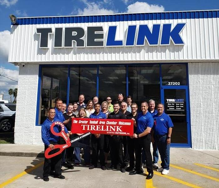 ribbon cutting ceremony at tirelink of tomball