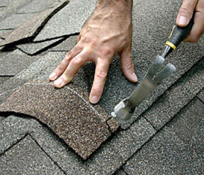 Building Services Roof Restoration or Replacement? 4 Things to Consider
